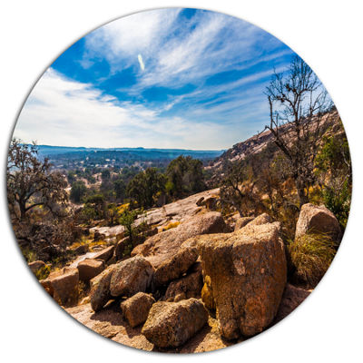 Designart Boulders of Legendary Enchanted Rock Landscape Metal Circle Wall Art