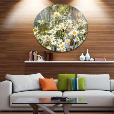 Designart Daisies Flowers Under the Window FloralMetal Circle Wall Art