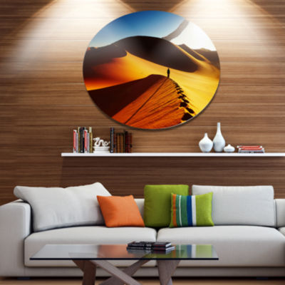 Designart Yellow Sahara Desert Algeria Landscape Metal Circle Wall Art