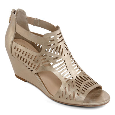 Liz Claiborne Womens Ivalyn Wedge Sandals
