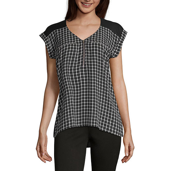 by&by Womens V Neck Sleeveless Blouse-Juniors