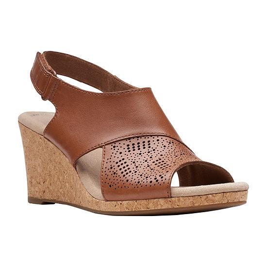 Clarks Womens Lafley Joy Wedge Sandals