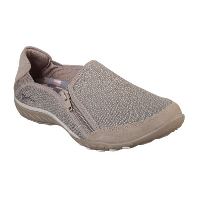 Skechers Breathe Easy Womens Walking Shoes Slip-on