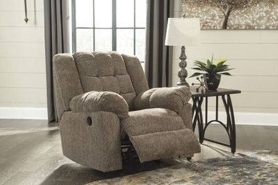 Signature Design By Ashley® Workhorse Recliner