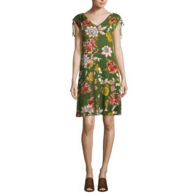 Spense Short Sleeve Trapeze Dress
