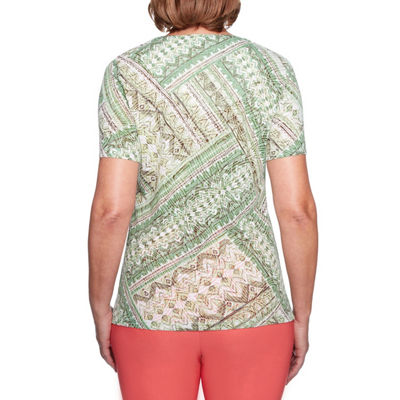 Alfred Dunner Parrot Cay Short Sleeve V Neck Patchwork T-Shirt-Womens