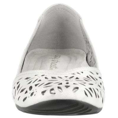 Easy Street Charlize Womens Slip-On Shoes