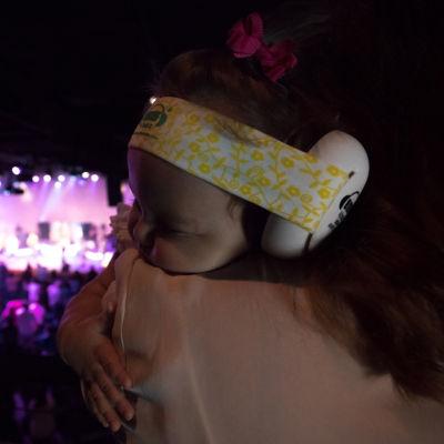 Ems for Kids Bubs Black Hearing & Noise Protection Baby Earmuffs - Black Headband