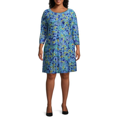 Lark Lane Must Have Printed Paisley Dress - Plus