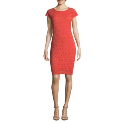 Ronni Nicole Short Sleeve Circles Shift Dress-Petite