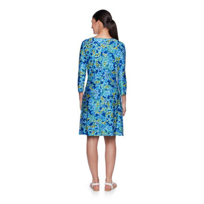 Lark Lane Must Haves III 3/4 Sleeve Paisley Shift Dress