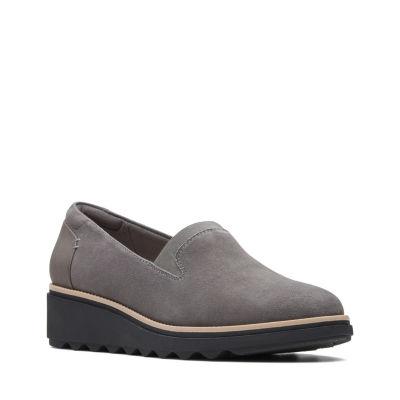 Clarks Sharon Dolly Womens Slip-On Shoes Slip-on Closed Toe