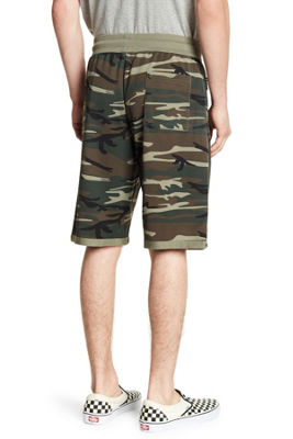 Tailored Recreation Olive Camo Short