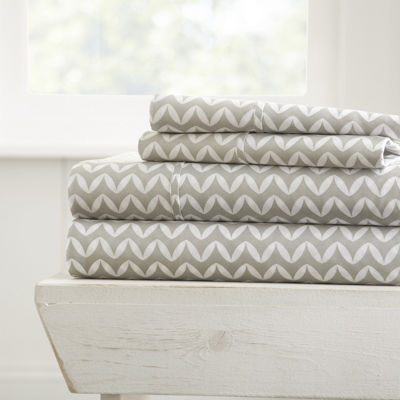 Casual Comfort Premium Ultra Soft Puffed Chevron Pattern 4 Piece Bed Sheet Set