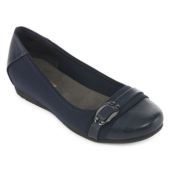 Yuu Womens Mirey Slip-On Shoe Round Toe