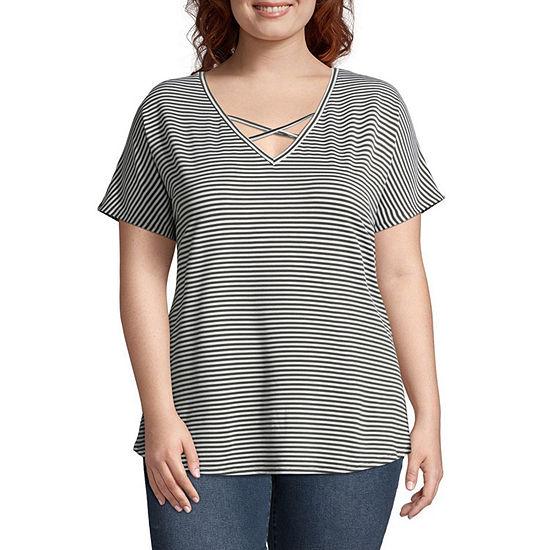 Boutique + Short Sleeve V Neck Stripe T-Shirt - Plus
