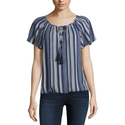 by&by Short Sleeve V Neck Crepon Blouse-Juniors