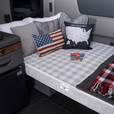 Innerspace Luxury Products 4in Truck Relax Series Firm Truck Bed Mattress