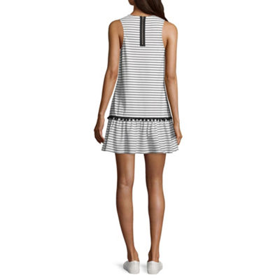 City Triangle Casual Sleeveless Trapeze Dress-Juniors