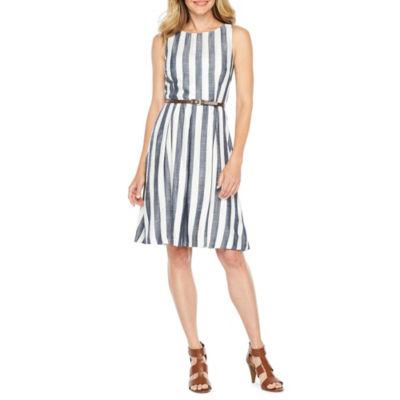 Sharagano Sleeveless Fit & Flare Dress
