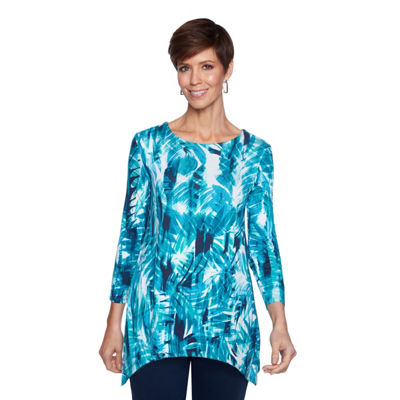 Lark Lane Must Haves II Tunic Top