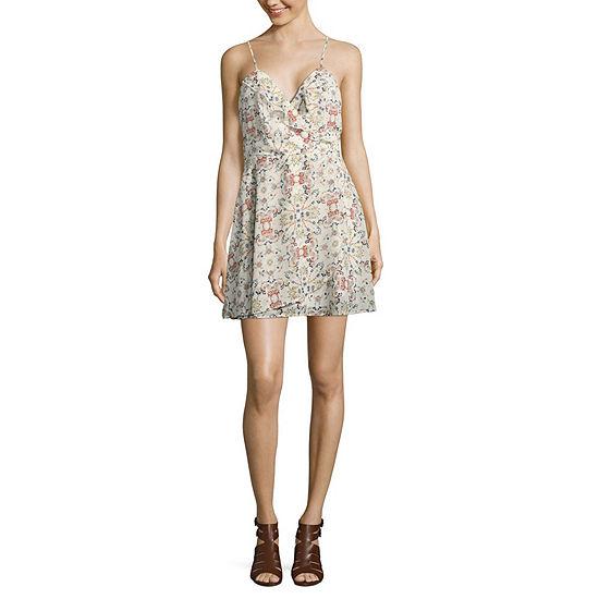 Speechless-Juniors Sleeveless Floral Wrap Dress