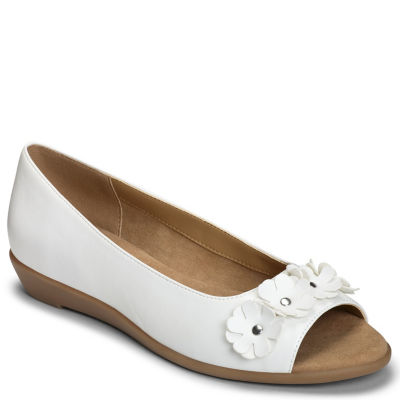 A2 by Aerosoles At Long Last Womens Slip-On Shoes