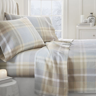 Casual Comfort Premium Ultra Soft Plaid 4 Piece Flannel Bed Sheet Set