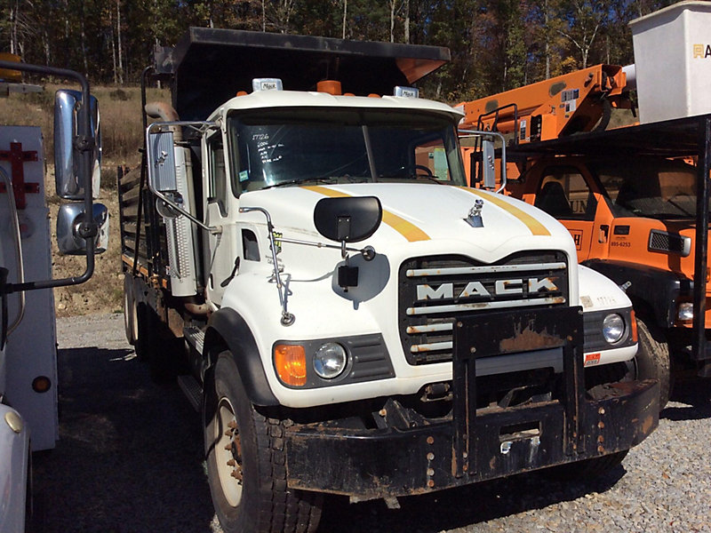 Detail photo of 2006 Mack CV713 Granite from Construction Equipment Guide