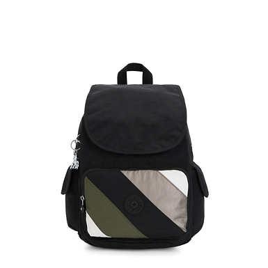 City Pack Medium Backpack