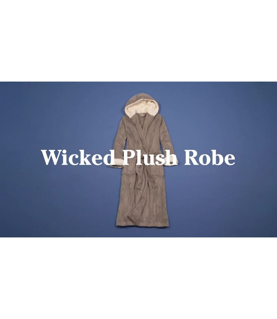 Video: Wicked Plush Robe Misses Regular