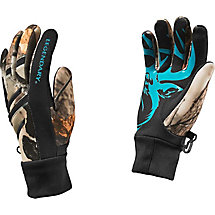 Ladies Big Game Camo Predator Text Glove at Legendary Whitetails