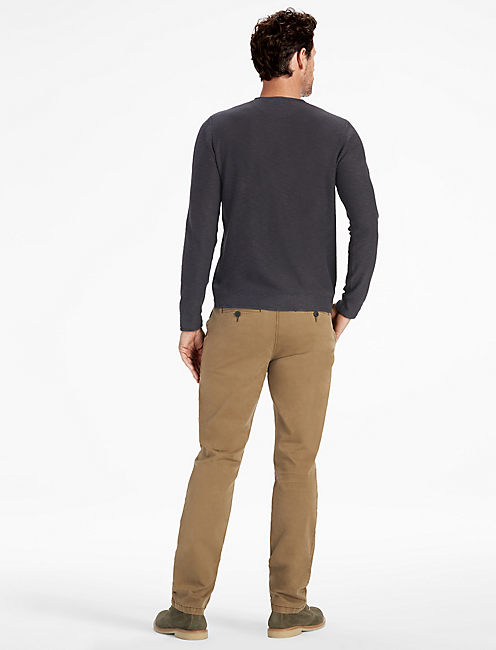 WELTERWEIGHT V NECK SWEATER,