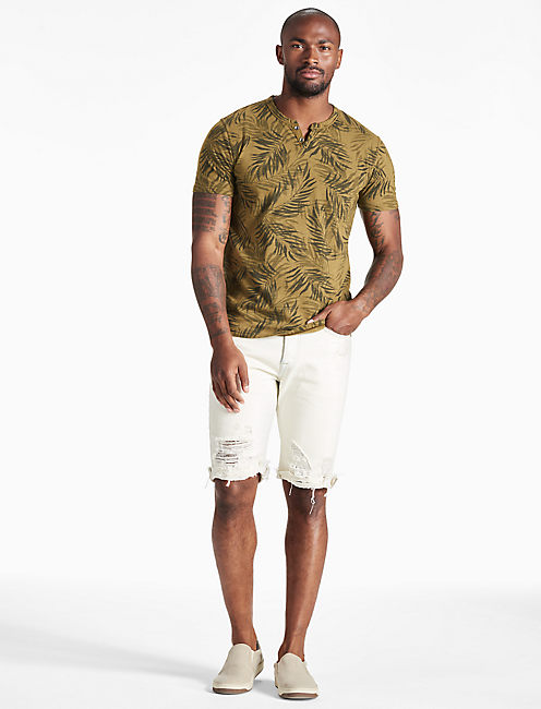 NOVELTY NOTCH TEE, MILITARY OLIVE #19-0622TCX