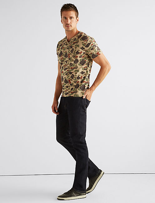 Lucky Camo Notch Neck Tee