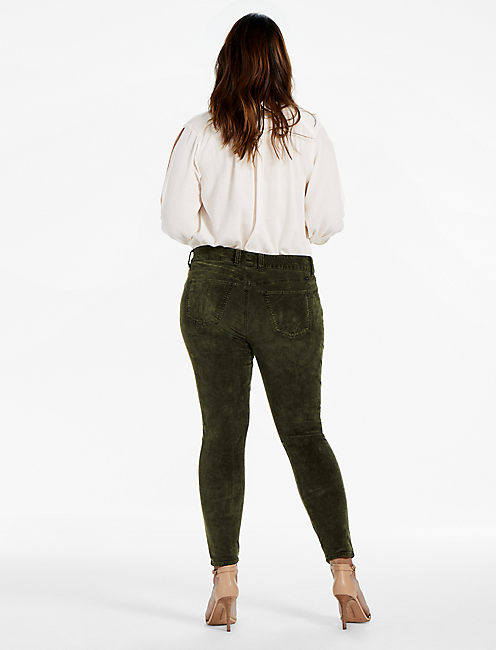 PLUS SIZE EMMA SUPER SKINNY JEAN IN GREEN VELVET,