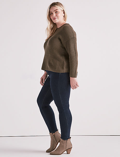 BACK LACE PULLOVER,