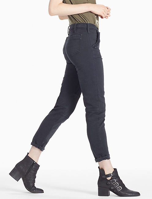 MID RISE CROPPED UTILITY CARGO JEAN IN TAP SHOE,