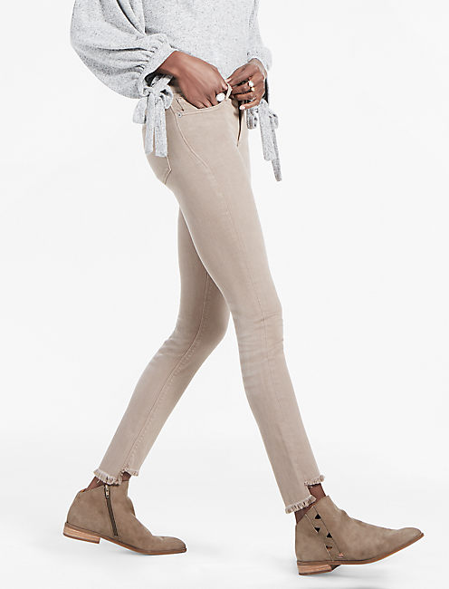 AVA MID RISE SKINNY JEAN, STEP FRAY CINDER