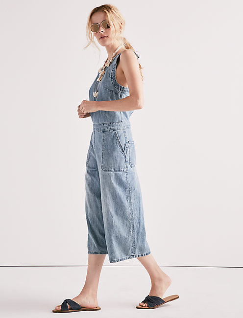 CHAMBRAY CROSSBACK CULOTTE JUMPSUIT,