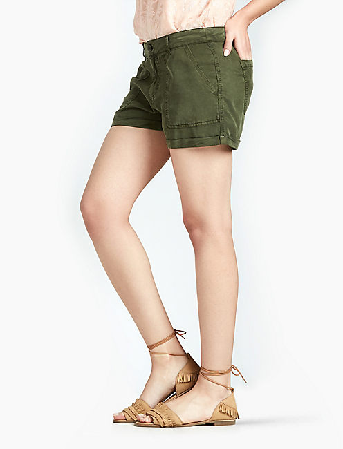 BASIC TENCEL SHORT, MILITARY OLIVE