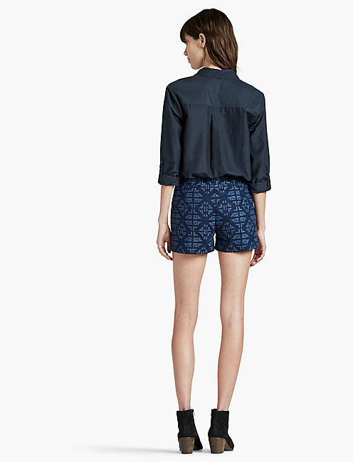 ALLOVER EMBROIDERED SHORT,