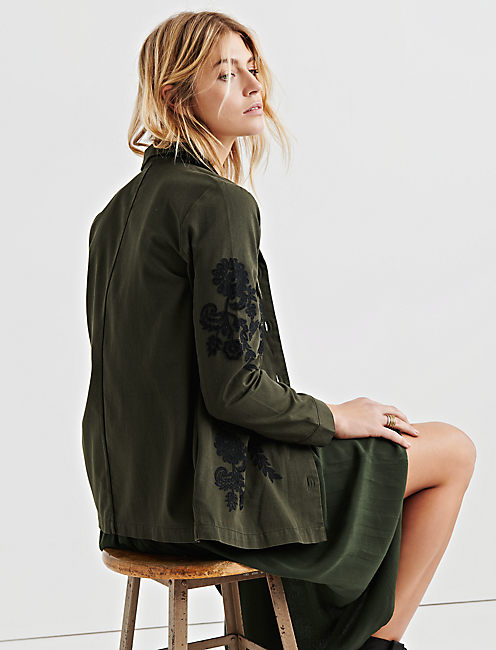 EMBROIDERED UTILITY JACKET,