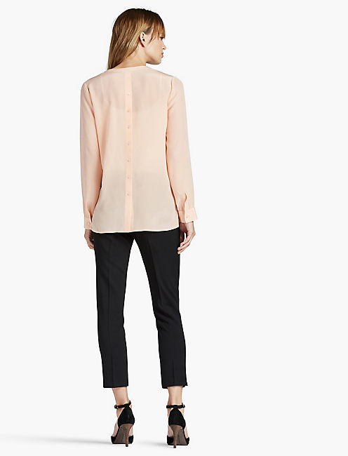 SILK BUTTON BACK TOP,