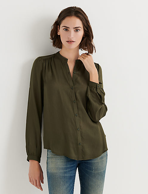 SHIRRED BUTTON DOWN SHIRT, FOREST NIGHT