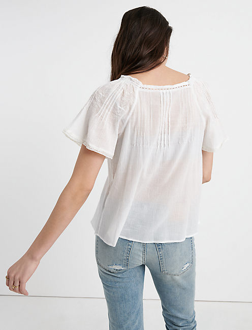 EMBROIDERED FLUTTER SLEEVE TOP, LUCKY WHITE