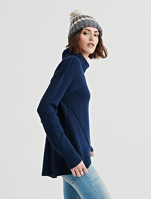 Lucky Forward Seam Turtleneck