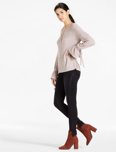Lucky Tie Sleeve Rib Pullover