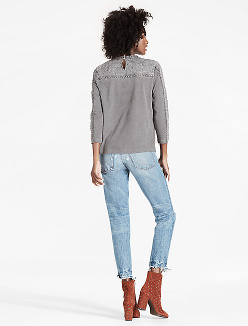EMBROIDERED NECK TOP, WASHED GREY