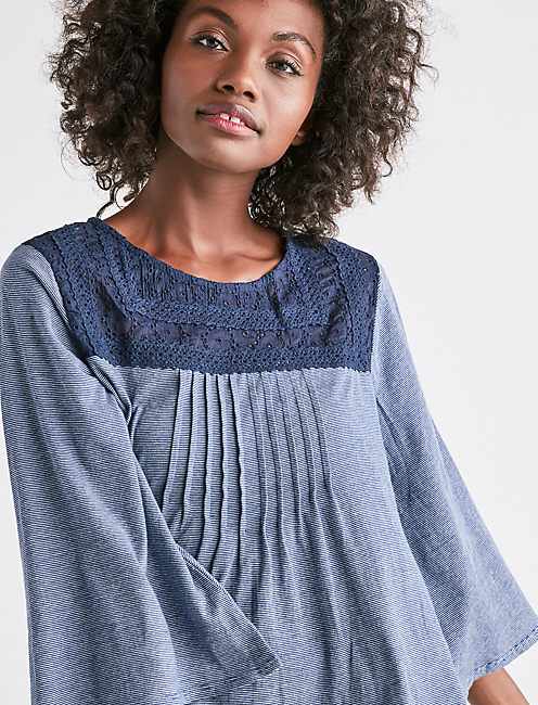 LACE YOKE STRIPE TOP,